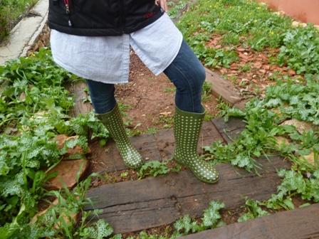 Jen in boots